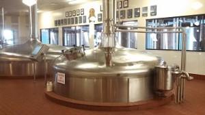 Ein großer Kessel zum Bier selber brauen